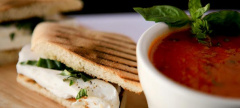 Buzz: Alfredo's New $10 Pronto Lunch