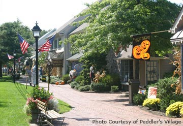Peddler's Village Walk