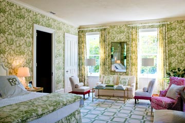 It's Always Sunny in Philadelphia<br>Rebecca Paul's Master Bedroom