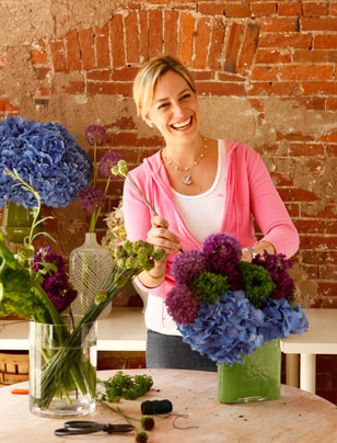 "Beautiful Blooms…and a Beautiful Smile. When O'Brien can escape her hectic schedule running her own booming floral design boutique, she has a variety of interests. ""I love being outdoors whether it's golfing, hiking, kayaking, running, walking, traveling, wine tasting.  I need to get back to Sonoma one of these days!"""