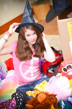Emma Shapiro, 12, founder of The Halloween Helpers.