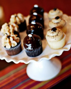 Wayne's Cupcakes Gourmet is a sponsor of Whinos in Wayne-with delicious cupcakes for all Whinos to enjoy!