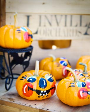 Linvilla's annual Halloween Costume Parade is Sunday, October 24th.  Registration starts at noon.