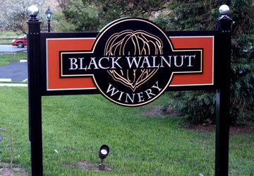 Black Walnut Winery, located in Sadsburyville,  will be serving their popular Spiced Apple wine along with holiday sweets during the open house weekend.