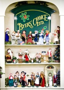 """A beloved Bucks County holiday tradition returns as Gerald Charles Dickens, the great-great grandson of famed author Charles Dickens, performs his one-man show of """"A Christmas Carol"""" at Byers' Choice."""