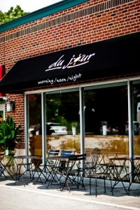 Du Jour offers Thanksgiving dinner to go: 4 courses for $32.50 per person with a minimum order of 8.