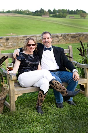 The evening will begin with guests tasting cocktails and appetizers under the centuries old oak trees overlooking the rolling hills, horses and paddocks at dusk.