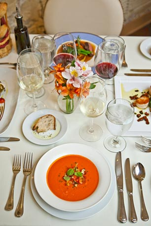 Easter brunch dining guide around the main line for Restaurants open on easter near me