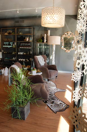 Willow, the freshest face in the popular square, opened in November.  An upscale, one of a kind home furnishings shop, Willow offers an impressive collection of fine furniture and accessories, featuring the latest trends in home décor.