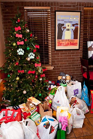 Kindly bring donations of dog food, rawhides, kong toys, blankets, towels, peanut butter and more to Redhound Grille as we celebrate 'Give a Dog a Bone Christmas in July.'