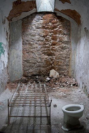 Eastern State Penitentiary was once the most famous and expensive prison in the world, but stands today in ruin, a lost world of crumbling cellblocks and empty guard towers.