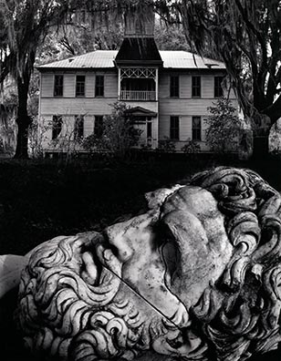The Michener Art Museum will be exhibiting nearly 100 iconic photographs from Jerry Uelsmann's celebrated career from January 19th through April 28th.