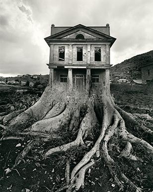 Jerry Uelsmann is considered a darkroom magician and a master of contemporary photography.