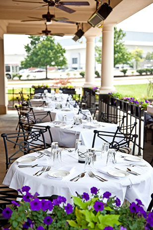 Dine al fresco in King of Prussia at The Capital Grille this Easter.