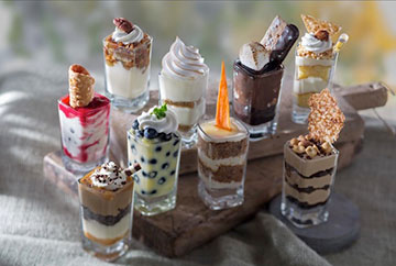 """""""Our minis are the perfect finish to a meal and they let our guests try different decadent flavors each visit,"""" said Chef Clifford Pleau, Executive Chef for Seasons 52. """"We're featuring updates to classic favorites with gourmet touches like black lava salt, Ghirardelli chocolate and candied carrots."""""""